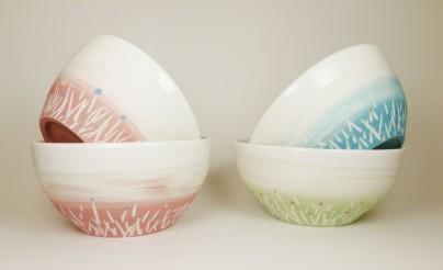 Porcelaine paysage prairie bols bleu rose vert