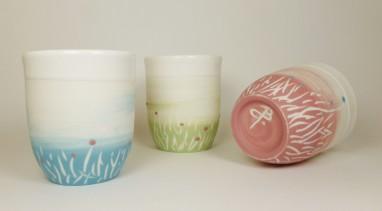 Porcelaine paysage prairie tasses vert bleu et rose3
